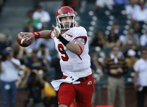 Scott Sommerdorf  |  The Salt Lake Tribune              Utah quarterback Jon Hays (9) throws during first half play against Cal. The Cal Bears held a 20-0 halftime lead over Utah at AT&T Park in San Francisco, Saturday, October 22, 2011.
