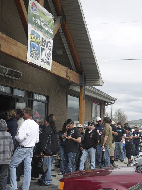 Arrin Newton Brunson | Special to The Tribune Many Utahns were among those waiting in line to buy lottery tickets Friday afternoon at La Tienda gas and convenience store in Franklin, Idaho. The jackpot his a record $640 million.