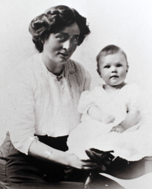 Al Hartmann  |  The Salt Lake Tribune Family photo of Irene Corbett and her 1-year-old son, Mack.  Irene Corbett, who was returning from midwife-nursing training in England, was the only Utahn who died on the Titanic.    Photo courtesy of Don Corbett