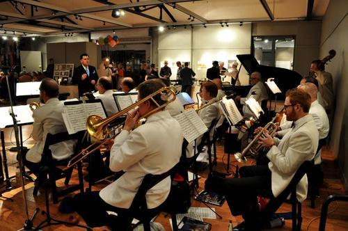 New Deal Swing Band