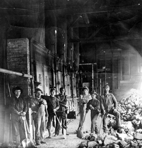 Mine firing crew in Sunnyside, Utah 1902