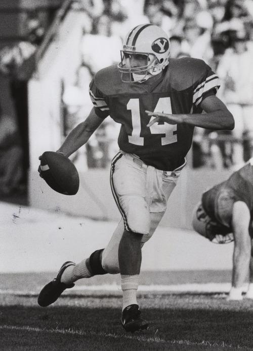 Ty Detmer.  Rick Egan photo.  Received October 25, 1990.