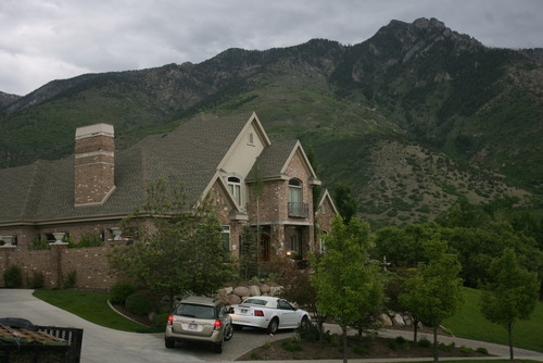 Kim Raff | The Salt Lake Tribune U.S. Sen. Mike Lee sold his Alpine home for a reported $400,000 loss in a short sale.  This is his former home in Alpine, Utah on May 17, 2012.