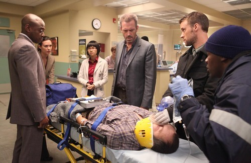 In this image released by Fox, standing from left, Omar Epps, Odette Annable, Charlyne Yi, Hugh Laurie and Jesse Spencer are shown in a scene from the final season of