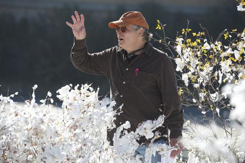Director Lawrence Kasdan on the Utah set of