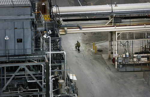 Scott Sommerdorf  |  The Salt Lake Tribune              Most of the workers at HollyFrontier in Woods Cross get around the facility on bicycles. HollyFrontier is one of three Utah refineries that are expanding in order to process more Utah black wax crude produced in eastern Utah's Uinta Basin.