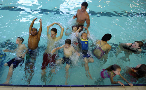 Utah Part Of Effort To Set Record For World S Largest Swim Lesson