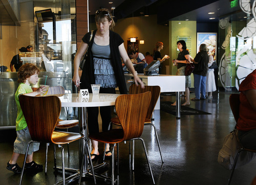 Scott Sommerdorf  |  The Salt Lake Tribune               The Blue Lemon in Cottonwood Heights, the latest in the Utah chain, serves healthy food in a fast-casual atmosphere, with a menu peppered with fine dining touches, such as aioli sauce, heirloom tomatoes and emulsion.