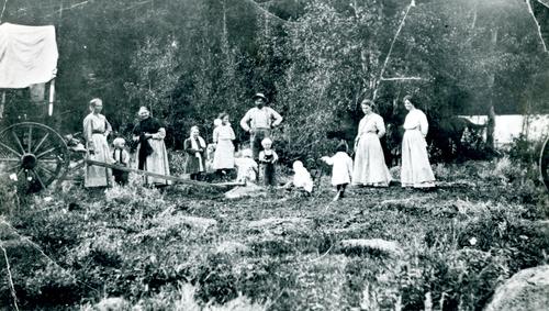 Picnic - 1800s.