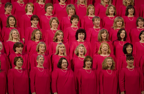 Kim Raff | The Salt Lake Tribune The Mormon Tabernacle Choir sings during the Pioneer Day concert