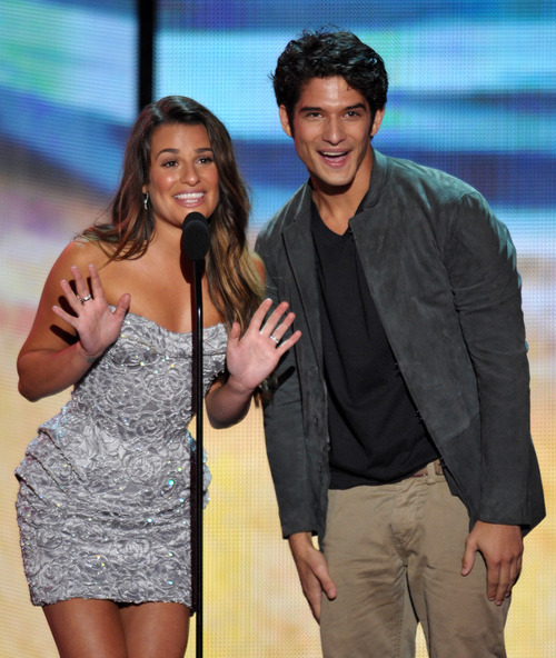 Lea Michele, left, and Tyler Posey speak onstage at the Teen Choice Awards on Sunday, July 22, 2012, in Universal City, Calif. (Photo by John Shearer/Invision/AP)