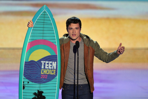Josh Hutcherson accepts the award for choice movie actor: sci-fi/fantasy at the Teen Choice Awards on Sunday, July 22, 2012, in Universal City, Calif. (Photo by John Shearer/Invision/AP)