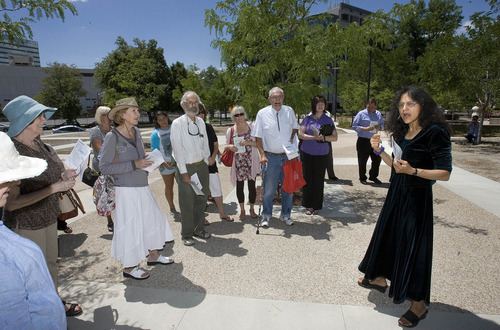 Paul Fraughton   The Salt Lake Tribune University of Utah scientist Nalini Nadkarni directs a recent tour of the trees at the Cathedral Church of Saint Mark.