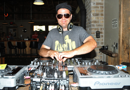 Park yourself on the new patio at the garage the salt lake tribune dj riche boom mixes music at the garage on beck in salt lake city solutioingenieria Gallery
