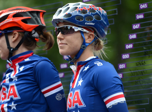 USA's Shelley Olds waits for the start of the Women's Road Race for the London 2012 Olympics in London, England on Sunday, July 29, 2012.  (Nhat V. Meyer/Mercury News)