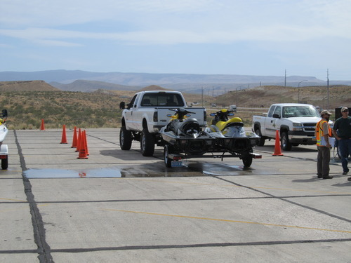 Division of Wildlife Resources employees inspect and decontaminate boats coming into the St. George Port of Entry. | Courtesy Utah Division of Wildlife Resources