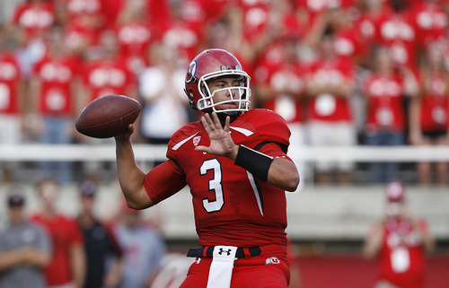 Scott Sommerdorf  |  The Salt Lake Tribune              Utah QB Jordan Wynn throws a 10 yard TD pass to Jake Murphy that gave Utah a 7-0 lead over Northern Colorado early in the second quarter on Thursday, August 30, 2012.