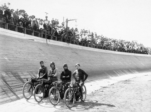 Riders at the track at Wandamere Resort in Salt Lake on Field Day, May 31, 1912. Courtesy of Utah Historical Society