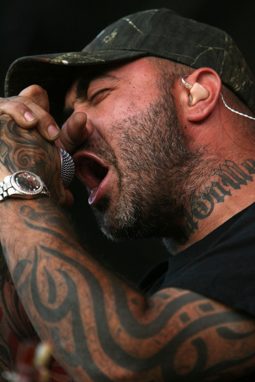 Steve Griffin   The Salt Lake Tribune   Aaron Lewis, lead singer of Staind, growls into the microphone as the band performs at the Uproar Festival at the Usana Amphitheatre in South Jordan, Utah Wednesday September 19, 2012.