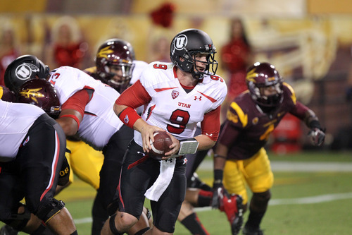 Utah quarterback Jon Hays says he and his teammates are eager to play USC Thursday night at Rice-Eccles Stadium. (AP Photo/Paul Connors)