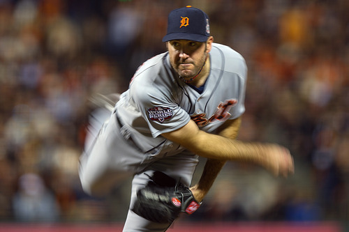 Detroit Tigers starting pitcher Justin Verlander (35) delivers against the San Francisco Giants during the fourth inning of Game 1 of baseball's World Series against the San Francisco Giants, Wednesday, Oct. 24, 2012, in San Francisco. (AP Photo/The Sacramento Bee, Jose Luis Villegas)  MAGS OUT; LOCAL TV OUT (KCRA3, KXTV10, KOVR13, KUVS19, KMAZ31, KTXL40); MANDATORY CREDIT