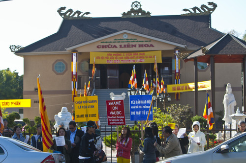 Chris Detrick  |  The Salt Lake Tribune Members of the local Buddhist congregation of Pho Quang Temple protest outside the Temple Lien Hoa Buddhist on Saturday, Oct. 6, 2012. They hoped to highlight their conflict to the monks, who belong to the California-based Vietnamese-American Unified Buddhist Congress, which is seeking to take control of Pho Quang.