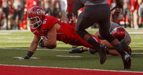 Trent Nelson  |  The Salt Lake Tribune Utah tight end Kendrick Moeai (81) comes up just short of a touchdown as Utah hosts Washington State, college football at Rice-Eccles Stadium Saturday November 3, 2012 in Salt Lake City.