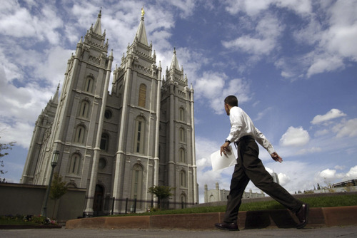 Tribune file photo For 16 years, a free shuttle has transported inquisitive travelers to and from Salt Lake City International Airport and Temple Square once an hour, almost daily.