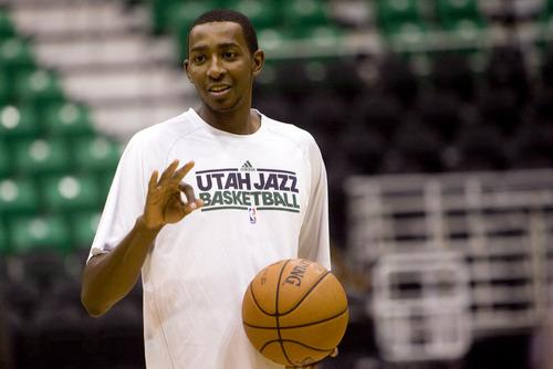 Kim Raff | The Salt Lake Tribune Utah Jazz forward Jeremy Evans (40) talks to players during warmups at EnergySolutions Arena in Salt Lake City, Utah on November 7, 2012.