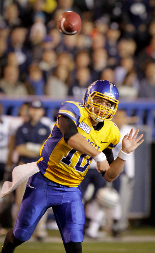 San Jose State quarterback David Fales (10) throws a pass against Brigham Young in the first quarter of an NCAA college football game in San Jose, Calif., Saturday, Nov. 17, 2012. (AP Photo/John Storey)