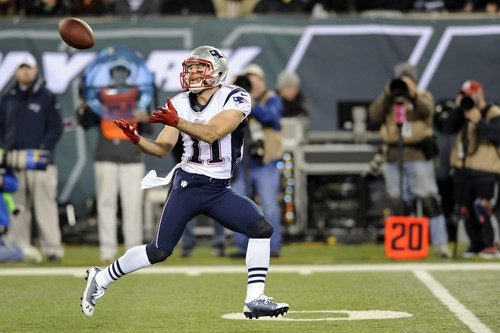 New England Patriots wide receiver Julian Edelman (11) catches a 56-yard pass for a touchdown during the first half of an NFL football game against the New York Jets Thursday, Nov. 22, 2012 in East Rutherford, N.J. (AP Photo/Bill Kostroun)