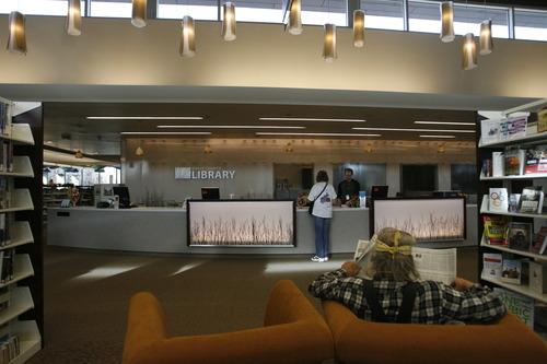 Rick Egan  | The Salt Lake Tribune   The Davis County Headquarters Library includes reading nooks.