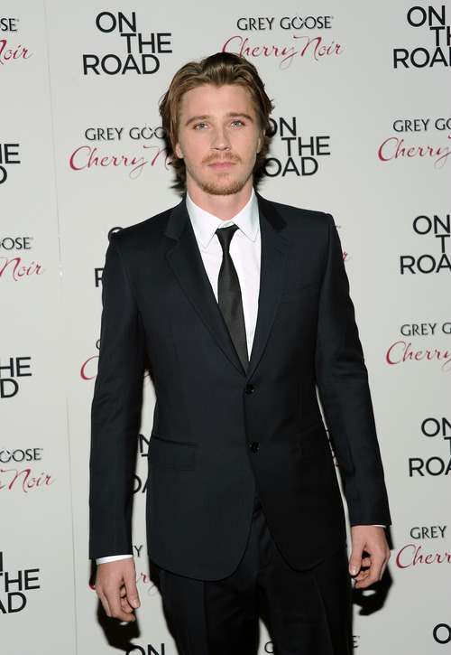 """Actor Garrett Hedlund attends the premiere of """"On The Road"""" at the SVA Theater on Thursday Dec. 13, 2012 in New York. (Photo by Evan Agostini/Invision/AP)"""