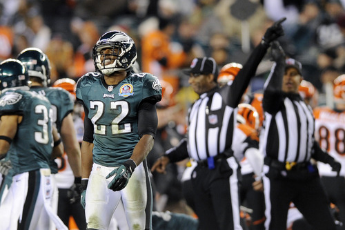 Philadelphia Eagles' Brandon Boykin walks off the field after the Cincinnati Bengals recovered a kickoff in the second half of an NFL football game, Thursday, Dec. 13, 2012, in Philadelphia. (AP Photo/Michael Perez)