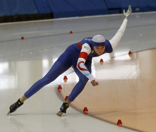 Al Hartmann  |  The Salt Lake Tribune Heather Richardson comes through the final turn in the 500 meter-race at the  U.S. Long-Track Speedskating Championships at the Utah Olympic Oval in Kearns Friday, Dec. 28.  She won 500 meter event.