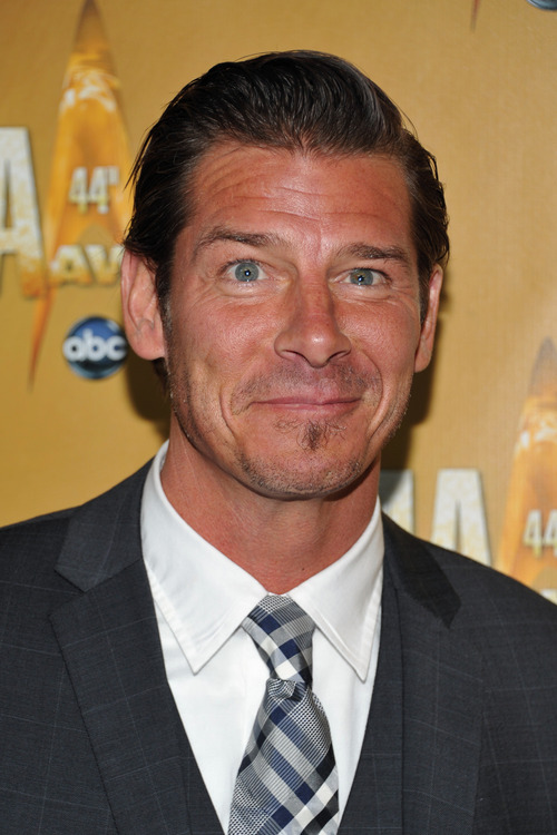 Ty Pennington attends the 44th Annual Country Music Awards in Nashville, Tenn. on Wednesday, Nov. 10, 2010.  (AP Photo/Evan Agostini)