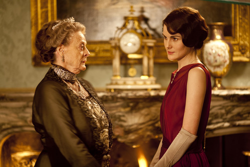 Dame Maggie Smith as Violet, Dowager Countess of Grantham and Michelle Dockery as Lady Mary. Credit: Courtesy of Carnival Film & Television Limited 2012 for MASTERPIECE