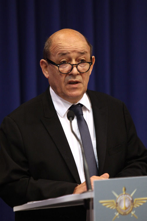 Franch Defense Minister Jean-Yves Le Drian, right, speaks during a press conference, in Paris, Saturday, Jan. 12, 2013. Le Drian said hundreds of French troops are involved in an operation that destroyed a command center of Islamic rebels in Mali. (AP Photo/Thibault Camus)