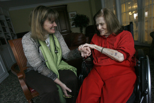 Francisco Kjolseth     The Salt Lake Tribune On a house call at a retirement home, Salt Lake City internist Beth Hanlon shares a laugh with long-time patient Nancy Palmer, 87. By charging patients an up-front retainer, Hanlon is now able to spend more time with fewer patients and deliver care in novel ways that aren't reimbursed by insurance companies.