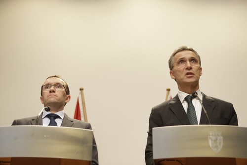Norwegian Prime minister Jens Stoltenberg, right, and Foreign Minister, Espen Barth Eide, attend a press conference in Oslo regarding the attack on Statoil's plant in Algeria, where 13 Norwegians are among 17 workers who were taken as hostages, Wednesday, Jan. 16, 2013. Militants said they attacked and occupied the field partly operated by the British energy company BP because of Algeria's support of France's operation against al-Qaida-linked Malian rebels groups to the southeast. (AP Photo/NTB Scanpix, Berit Roald)  NORWAY OUT