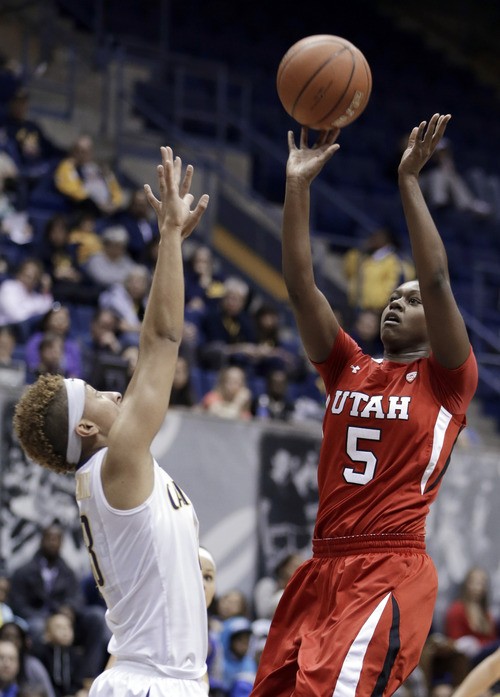 Utah's Cheyenne Wilson (5) shoots over California's Layshia Clarendon in the first half of an NCAA college basketball game Sunday, Jan. 27, 2013, in Berkeley, Calif. (AP Photo/Ben Margot)