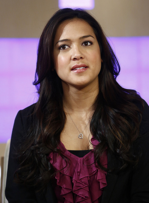 """This image released by NBC shows Diane O' Meara on NBC News' """"Today"""" show, Wednesday, Jan. 23, 2013 in New York. O'Meara told NBC's """"Today"""" show that Ronaiah Tuiasosopo used pictures of her without her knowledge in creating a fake woman called Lennay Kekua, who was Notre Dame football player Manti Te'o's supposed girlfriend. O'Meara said she had never had any contact with Te'o. (AP Photo/NBC, Peter Kramer)"""