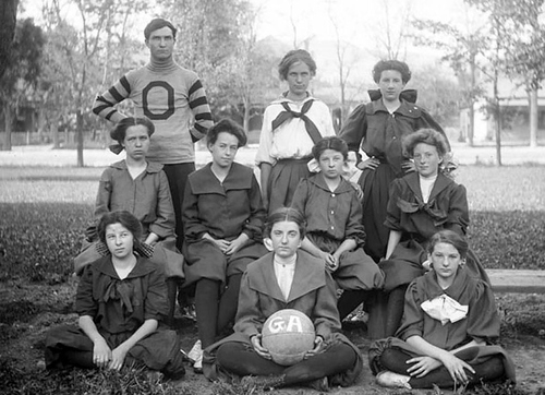 (Courtesy of Utah Historical Society) The Gordon Academy women's basketball team posing for a photograph in 1907.