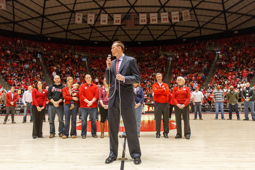 Trent Nelson  |  The Salt Lake Tribune With former players and family members standing by, Keith Van Horn speaks as former Utah coach Rick Majerus's sweater is retired in the rafters of the Huntsman Center. Utah hosts Colorado, college basketball Saturday, February 2, 2013 in Salt Lake City.