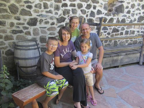 (Photo courtesy Gubler family)  Kellie Gubler with her family, Donovan, 8, Bailee, 11, her husband, Dave Gubler and daughter, Alysa, 5.