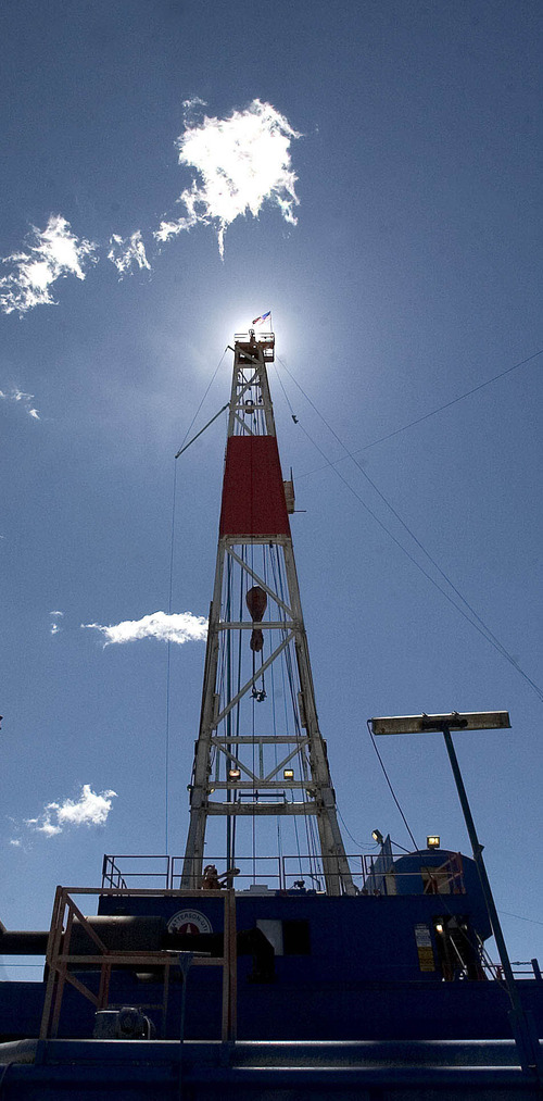 An exploratory gas drilling derek in the Nine Mile Canyon gas fields in the Uintah Basin. photo: paul fraughton 6/29/05