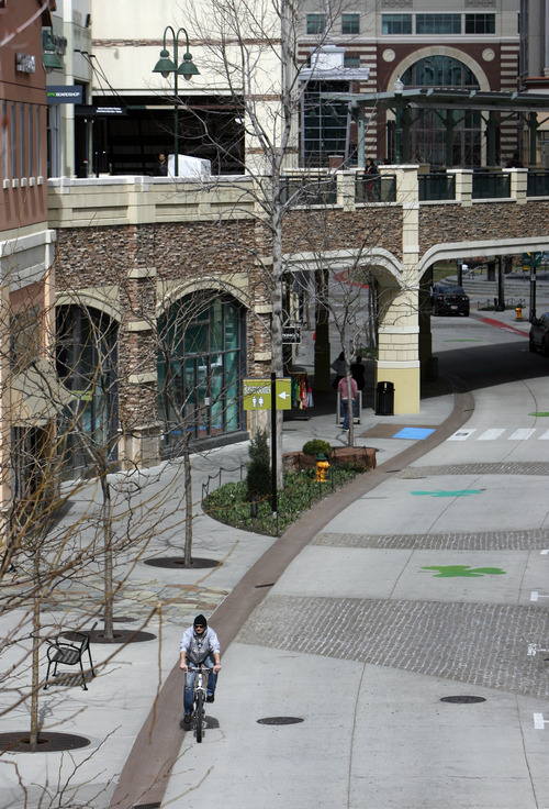 Francisco Kjolseth  |  The Salt Lake Tribune Ever since the new City Creek mall opened The Gateway has struggled to keep business as many storefronts remain empty and little foot traffic makes its way following the lunch hour on Monday, March 18, 2013.