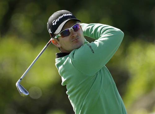 Justin Rose, of England, hits a shot from the seventh tee during the final round of the Arnold Palmer Invitational golf tournament, Monday, March 25, 2013, in Orlando, Fla. (AP Photo/John Raoux)