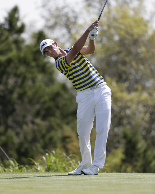 Billy Horschel watches hits his tee shot on the 15th hole during the third round of the Texas Open golf tournament, Saturday, April 6, 2013, in San Antonio.  (AP Photo/Eric Gay)