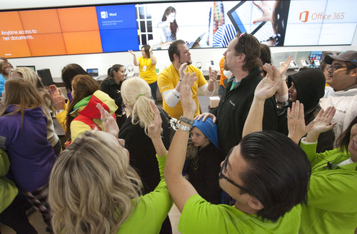 Crowds Jam Utah Microsoft Store For Opening Concert Tickets The